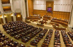 Hétfõn olvassák fel és csütörtökön szavaznak a bizalmatlansági indítványról