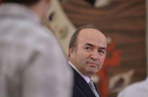 Toader: kielemezzük a kiszabadult elítéltek által elkövetett bûncselekményeket