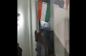 Állítólag sikerült azonosítani a nagyváradi zászlóégetõ leányt