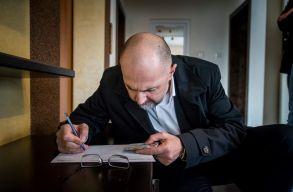 Az RMDSZ már több mint 300 ezer aláírást gyûjtött össze az EP-jelöltlistájára