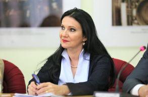 Kórházak átépítését és csúcstechnológiájú felszereléseket ígért az egészségügyi miniszter