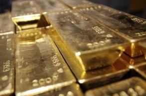 A képviselõház szerint sem kellene az arany többségét külföldön tárolni