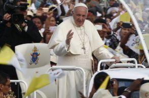 A romániaiak majdnem kétharmada fontosnak tartja Ferenc pápa látogatását