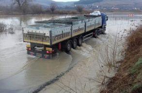 Elsõfokú árvízriadó 12 folyó vízgyûjtõ medencéjében, másodfokú riasztás a Maroson és a Berettyón