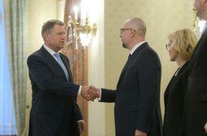 Az RMDSZ is aláírta az európai elkötelezõdésrõl szóló megállapodást
