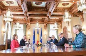 Az RMDSZ egy jobb-közép kormányt szeretne, de egy USR kormánynak nem örülnének