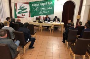 Egyesülésbe kezd a két erdélyi magyar törpepárt