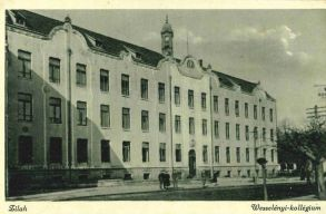 Elölrõl kezdõdik a Zilahi Református Wesselényi Kollégium visszaszolgáltatási pere