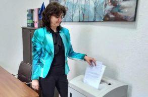 A tanügyminiszter rendelettel számolja fel a pedagógusok papírmunkáját