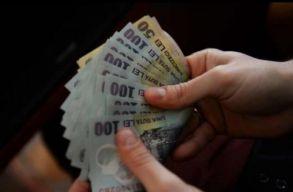 Augusztus elsejéig halasztaná a kormány a gyermekpénz megduplázását
