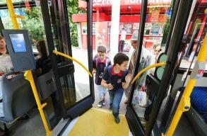 A diákok esetében továbbra is fedezi a buszbérlet költségét a kolozsvári önkormányzat