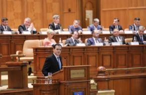 Megtörtént: a kormány felelõsségvállalással fogadta el a kétfordulós polgármester-választásról szóló törvényt