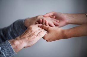 Halljuk egymást! - Egyedül élõ idõseknek segít az RMDSZ nõszervezete