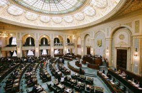 Megszavazta a szenátus, hogy szeptember 27-én legyenek a helyhatósági választások