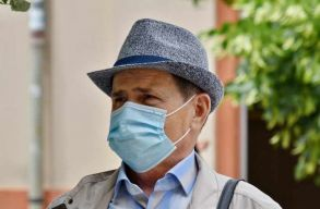 Keddtõl Hargita megyében is kötelezõ lesz maszkot viselni a forgalmas nyílt tereken