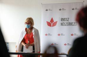 Közel ezer erdélyi magyar nõ indul az önkormányzati választásokon
