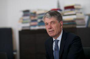 Hatósági felügyelet alá helyezték Brassó leköszönõ polgármesterét