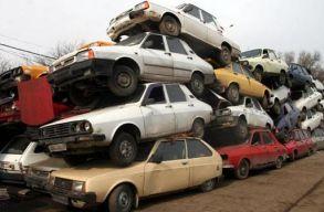 Több mint 600 ezer öreg autót vont ki a forgalomból a roncsautóprogram