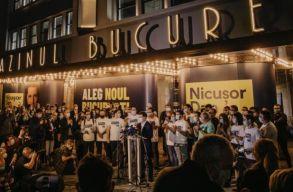 Többé nem pereli az újságírókat és kritikusokat a bukaresti Fõpolgármesteri Hivatal