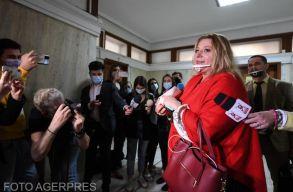 Diana Sosoacã hozta a formáját: botrányba fullasztotta a jogi bizottság elõtti kihallgatását