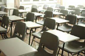 131 ezer nyolcadikos diákot várnak holnap az elsõ képességfelmérõ vizsgára