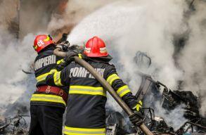 Tûz ütött ki egy gázpalackokat töltõ cégnél, két súlyos sérült van
