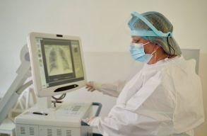 Az egészségügyi minisztérium inkább lemond a külön COVID-kórházakról