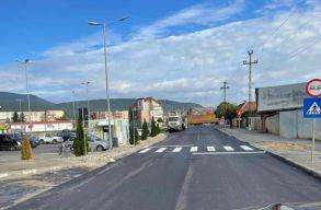 Népszavazáson dönthetnek ma arról Feketehalom lakói, hogy akarnak-e egy 75 milliós hitelt terelõútra