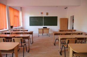 Az iskolaigazgatói versenyvizsga írásbeli próbáján a Kolozs és Szilágy megyei jelentkezõk teljesítettek legjobban