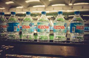 Kitiltották a mûanyag palackokat a San Franciscó-i reptérrõl