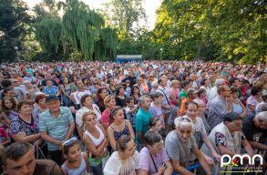 Szombaton siker�lt teljesen belakni a Kossuth kertet a Partiumi Magyar Napokon