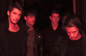 Elõször lesz Romániában Middlemist Red-turné