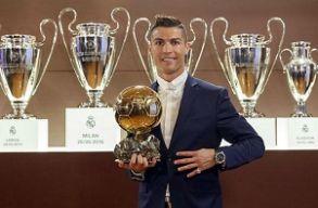 Cristiano Ronaldo kapta idén az Aranylabdát