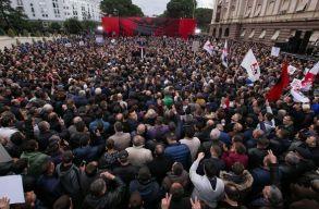"""Bezzegrománia: """"exporttermékké"""" váltak a korrupcióellenes tüntetések"""