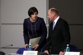 Bãsescu: vannak bõven hamis vádakat gyártó DNA-s ügyészek