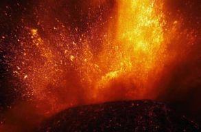 Kitört az Etna, légiforgalmi riasztást adtak ki