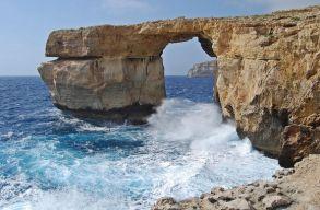 Lehet, hogy hologrammal pótolják a leomlott Azúr Ablakot Máltán