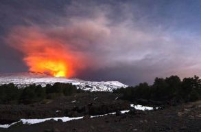 Tízen megsérültek az Etna csütörtöki kitörésekor