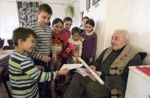 A 91 éves Kallós Zoltánt köszöntötték Válaszúton