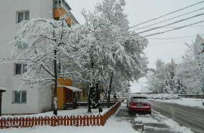 Így havazik most Csíkszeredában és Kolozsváron