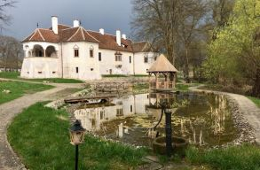 Szombattól a nagyközönség elõtt is nyitva a miklósvári Kálnoky-kastély