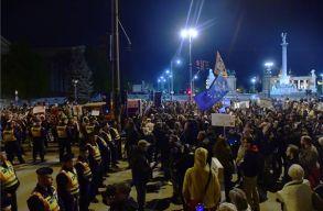 Az orosz befolyás ellen tüntettek Budapesten