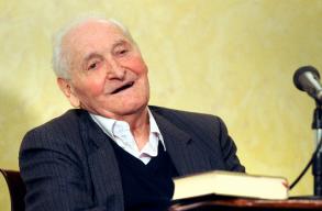 A 88 éves Kányádi Sándort köszöntötték Budapesten