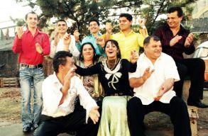 Világzenei szupersztárok a mérai csûrszínpadon: a Muzsikás és a Parno Graszt
