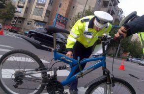 Országosan ellenõrizték a rendõrök a bicikliseket, ezret meg is bírságoltak