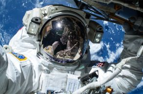 Tizenkét új ûrhajósjelöltet választott ki a NASA