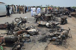 Közel 150-en haltak meg Pakisztánban egy felelõtlen dohányos miatt