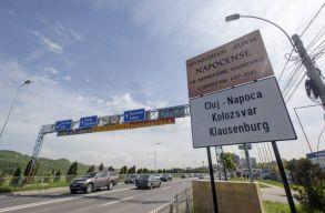 Jövõ héten kikerül a többi háromnyelvû tábla is Kolozsváron
