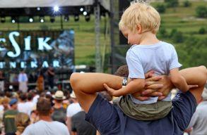 Lehetetlen gyerekkel felszabadultan fesztiválozni? Ugyan már!