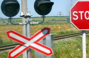 Autóval ütközött a Bukarest - Budapest nemzetközi vonat